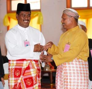 Hj Fauzi dan Tuan Aziz